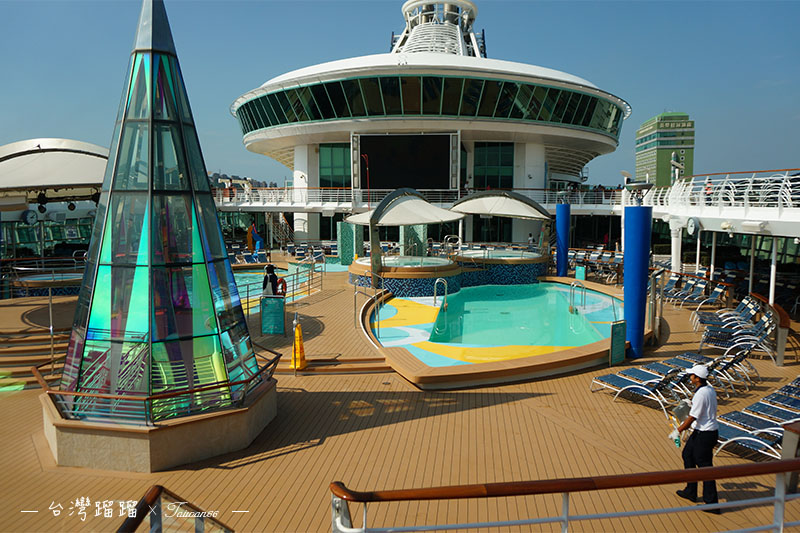 海洋航行者號-游泳池